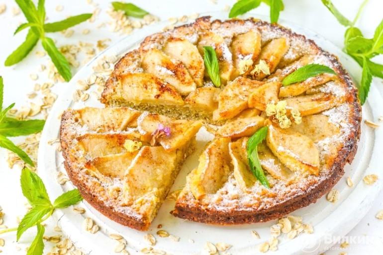 Овсяный пирог с яблоками