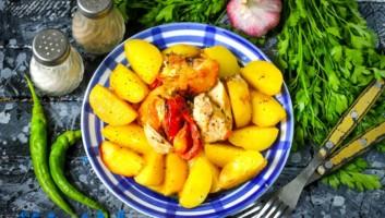 запеченная в банке картошка с курицей
