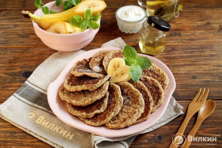 Оладьи из овсянки и банана