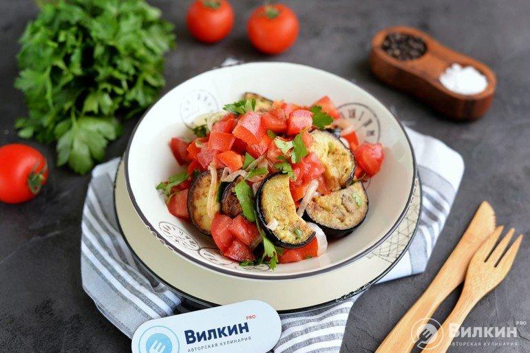 готовый теплый салат