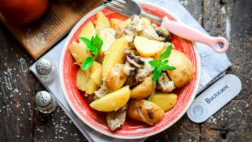 запеченная свинина с картофелем в духовке