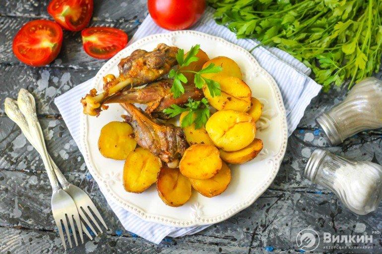 картофель с утиным мясом