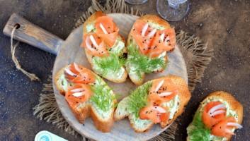 праздничные бутерброды с семгой