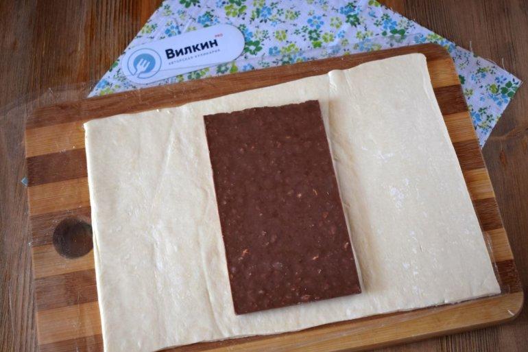 укладка шоколадной плитки