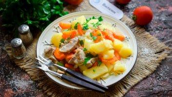 запеченная свинина с картошкой в горшочке в духовке