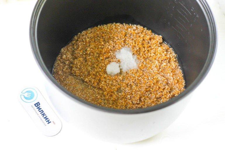 добавление соли или сахара
