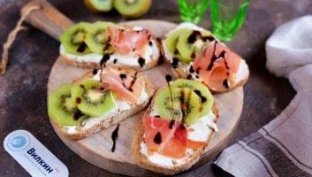 бутерброды с киви и хамоном на праздничный стол