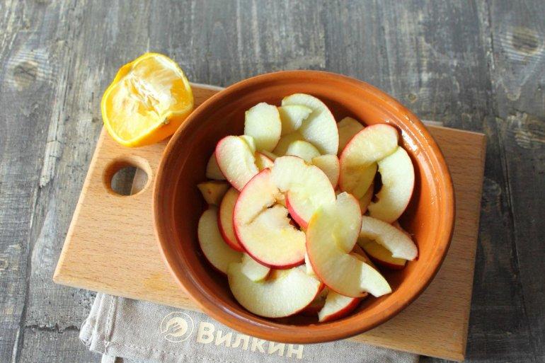 сбрызгивание лимонным соком