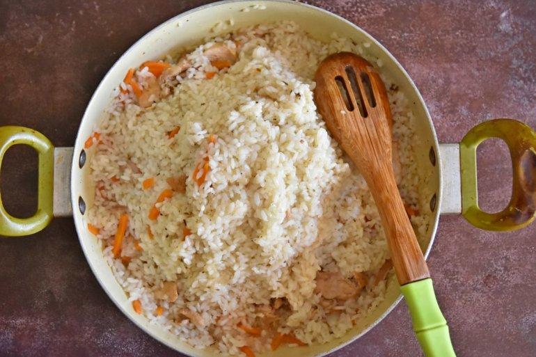 собирание риса с краев