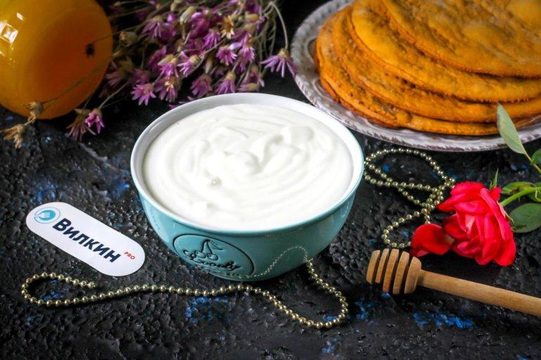 Сметанный крем для торта «Медовик»