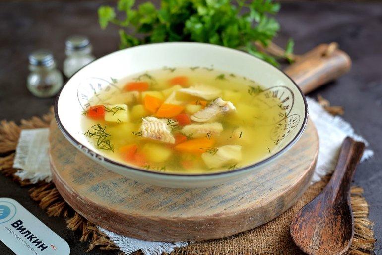 порция рыбного супа с минтаем