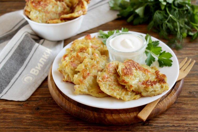картофельные драники с сыром и ветчиной