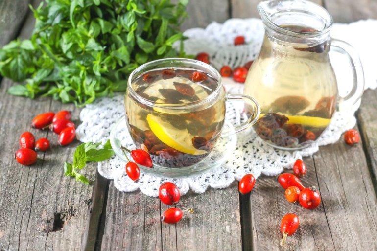 шиповниковый напиток с лимоном