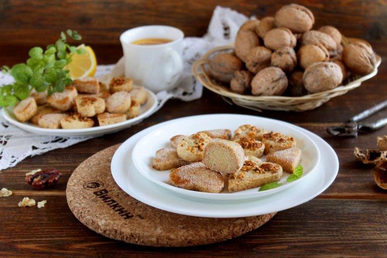 ореховое печенье из песочного теста