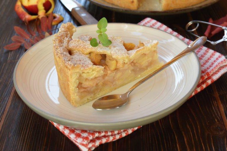 кусочек пирога на десерт
