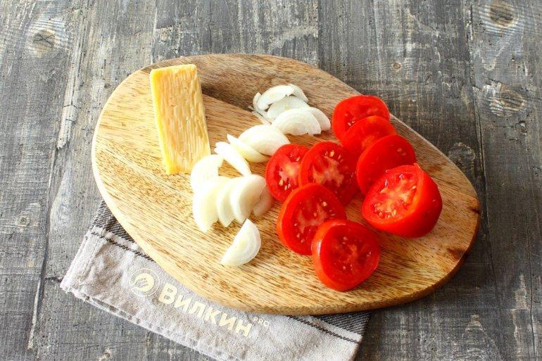 сыр, лук, томаты