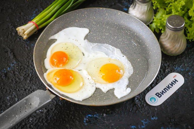 разбивание яиц