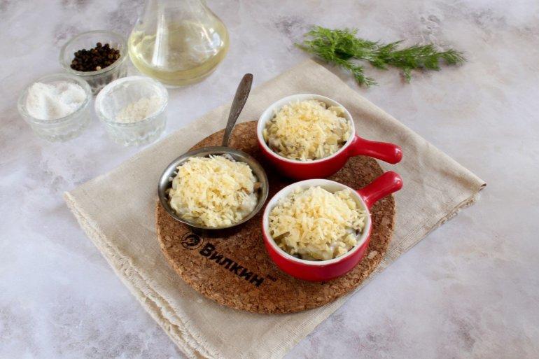 посыпка сыром и запекание в духовке