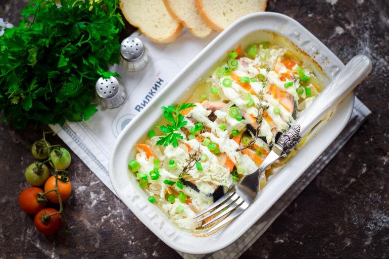 Горбуша с картошкой в духовке