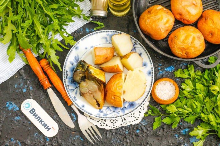 Картофель в кожуре в духовке