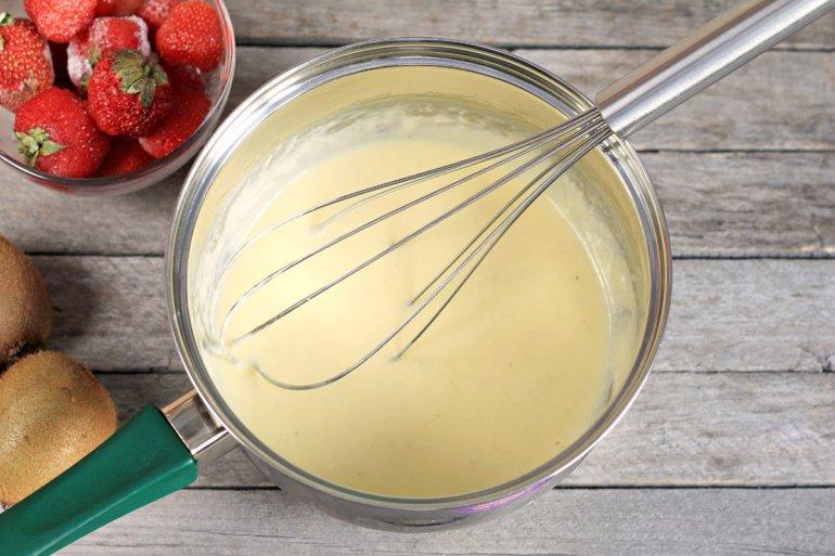 варка крема со сливками