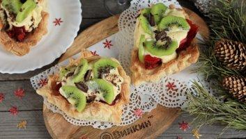 новогодний ягодный десерт
