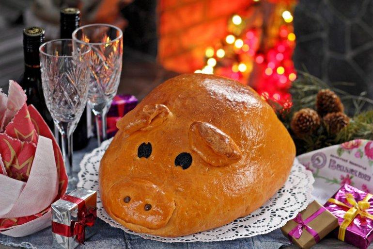 Новогодняя кулебяка «Свинка»
