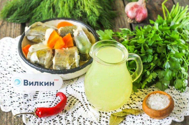 ароматный бульон из рыбы