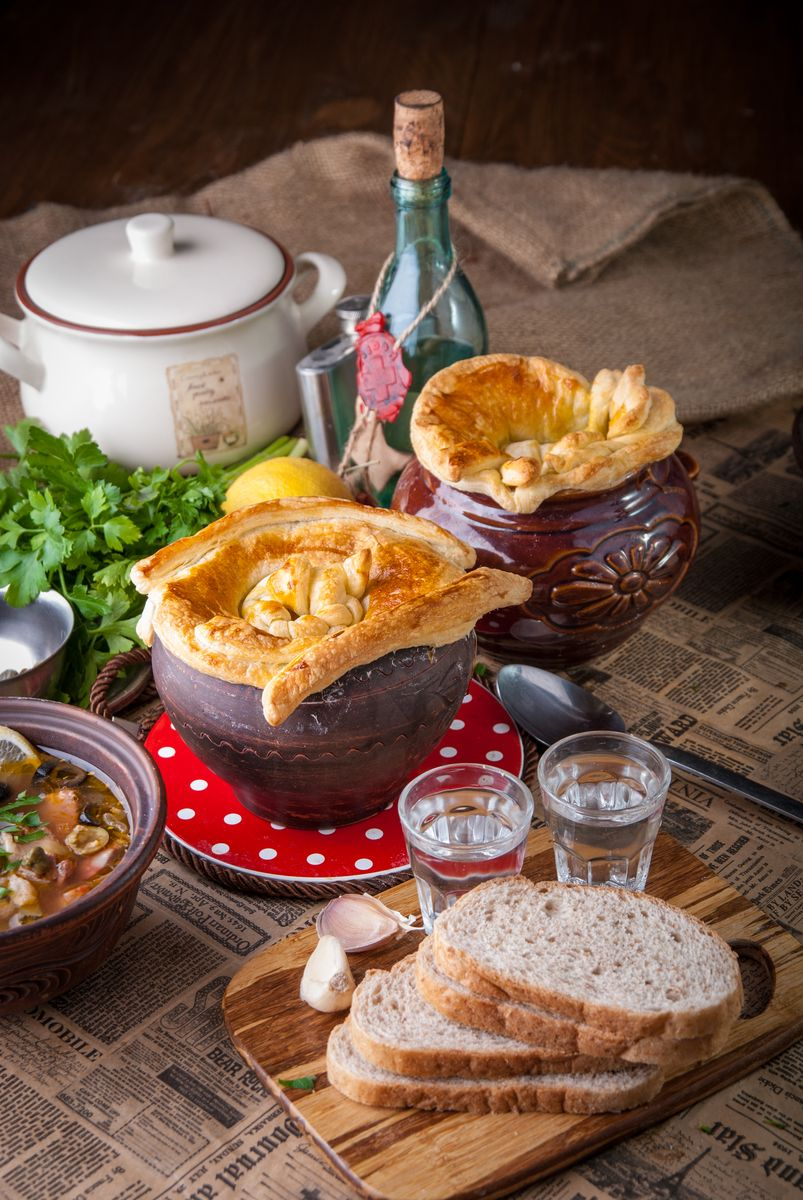 Классическая сборная мясная солянка - 5 рецептов с фото