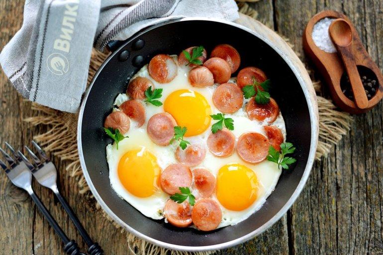 Намазка из сосисок и яиц - рецепт пошаговый с фото