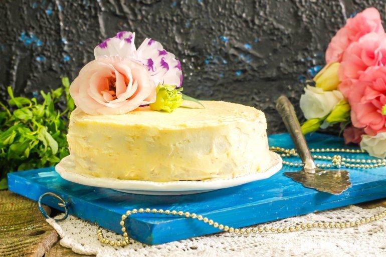 нежный бисквитный торт с кремом