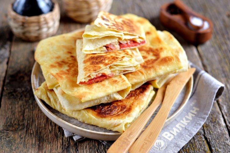 Горячие бутерброды из лаваша