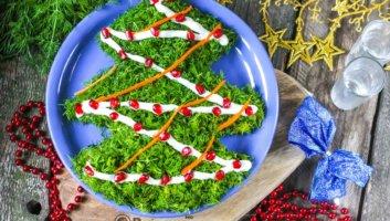 новогодний салат в форме елки