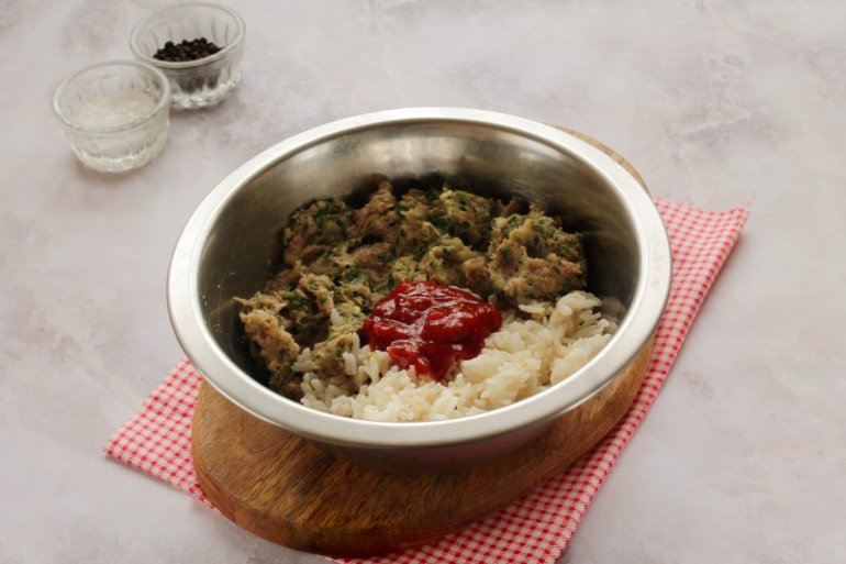 введение риса и соуса