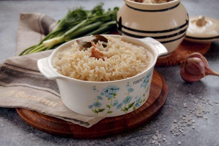 готовый рис в горшочке без мяса