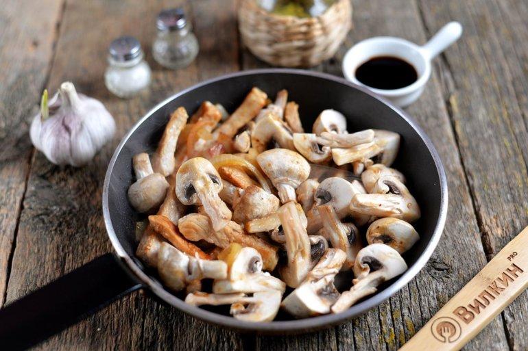 добавление к свинине грибов