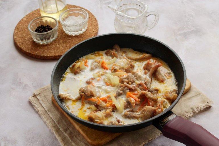 заливка сметанного соуса
