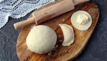 тесто для вареников без яиц