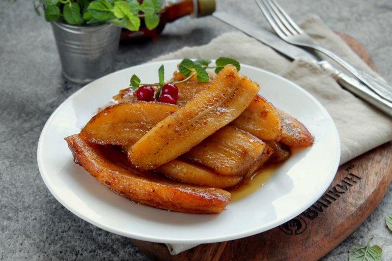 Жареные бананы на сковороде