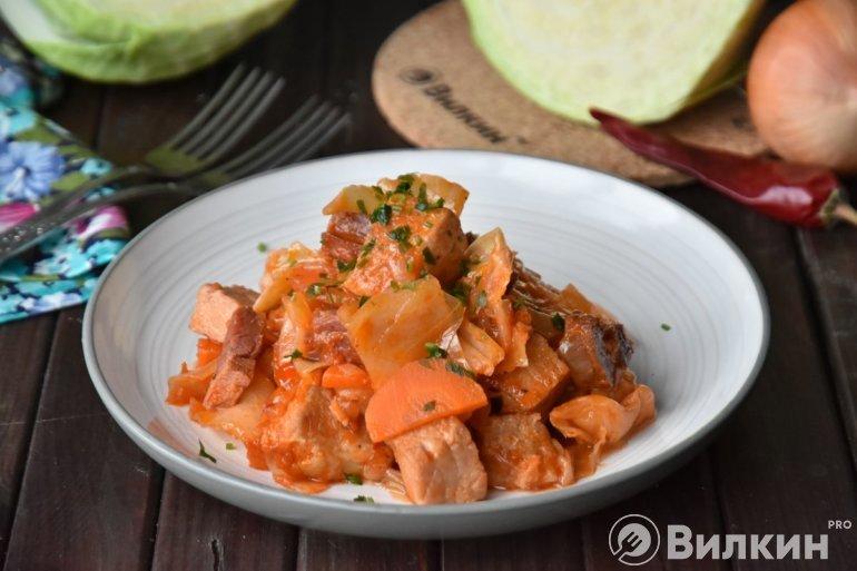 Бигус из свежей капусты с мясом