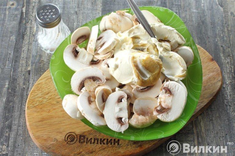 соединение грибов со сметаной