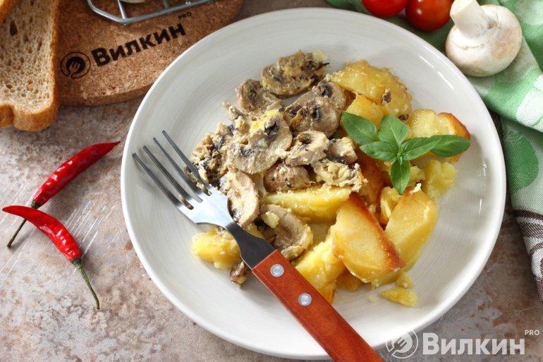запеченная картошка с шампиньонами