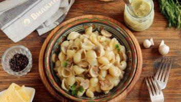 макароны с шампиньонами и сыром