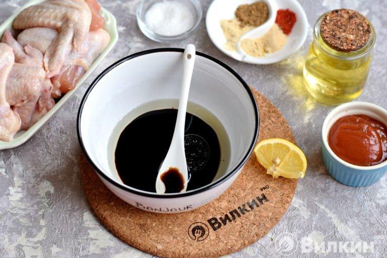 соевый соус и масло