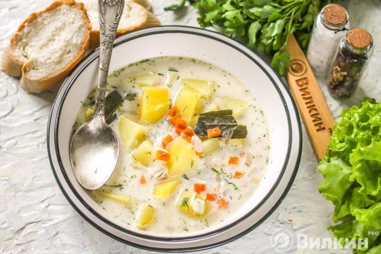 Порция сырного супа