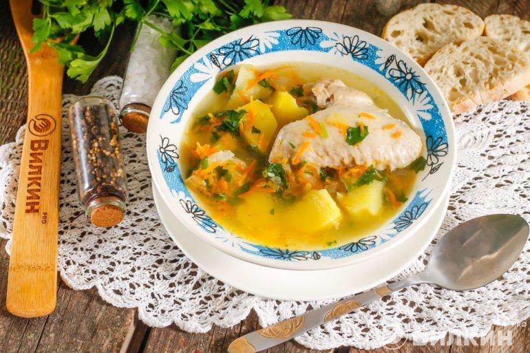 куриный суп с картофелем и яйцом