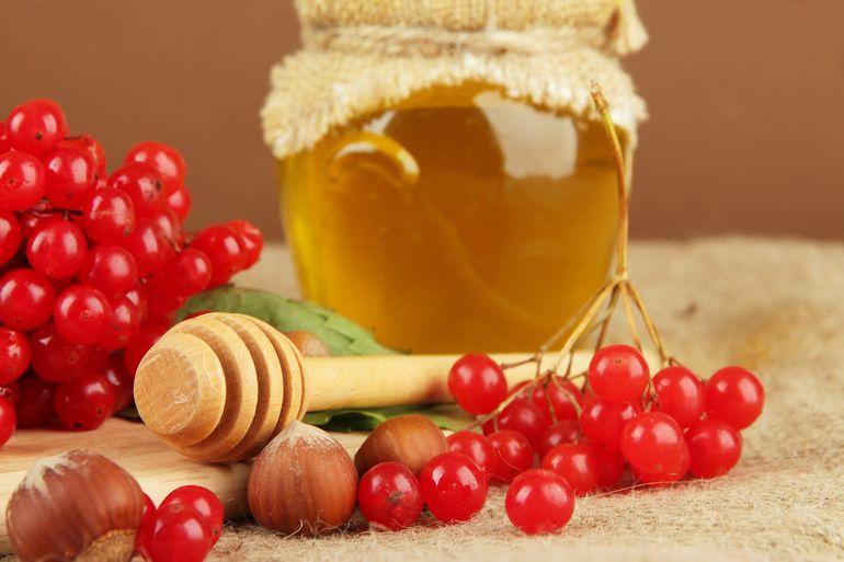 Как приготовить калину с медом