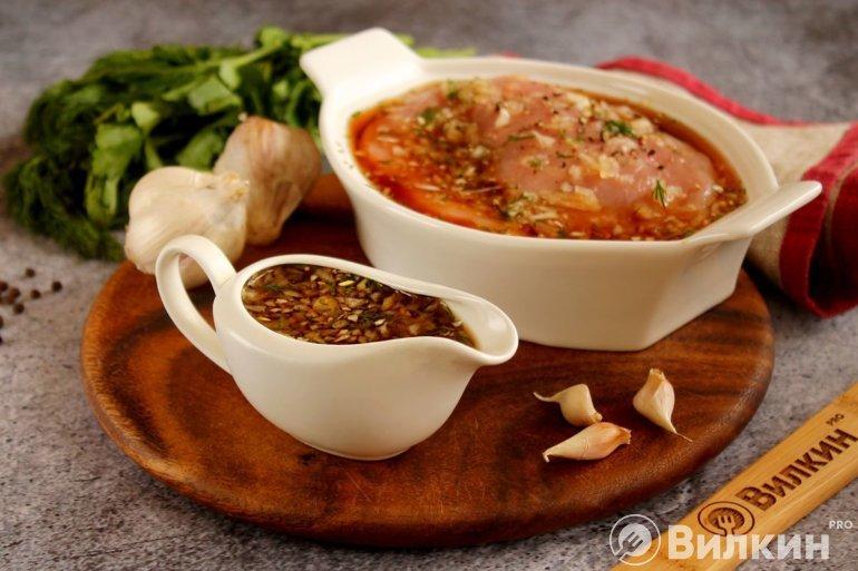 Маринад для жарки и запекания свиных стейков