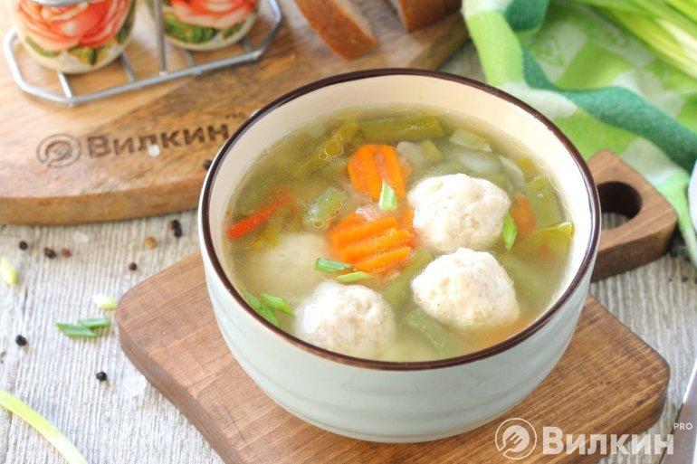 Суп из овощей с фрикадельками