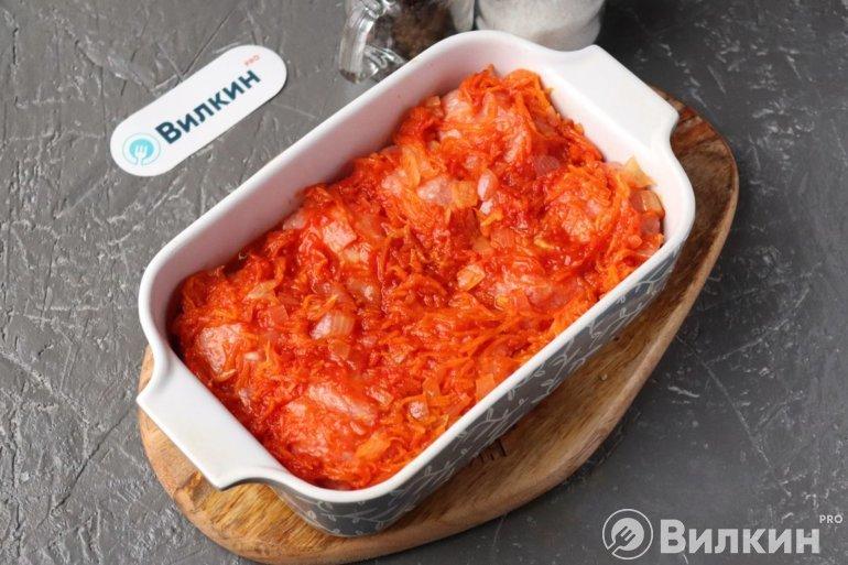 Заливка томатной подливки с водой
